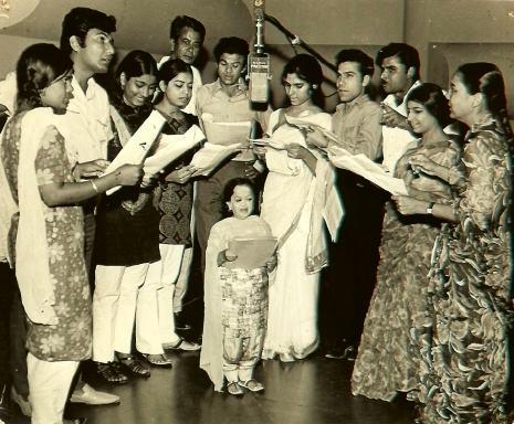 Memories of neelofer abbasi all things pakistan for Roohi bano husband name