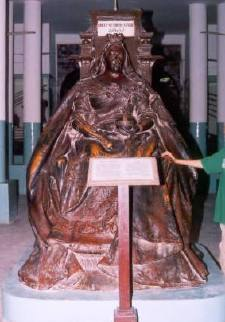 Victoria statue now in Lahore museum